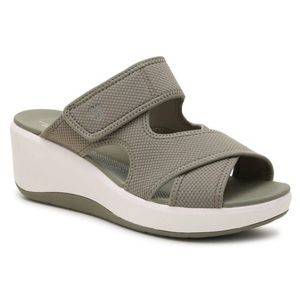 NIB Clarks Cloudsteppers Cali Reef Wedge Sandal 9
